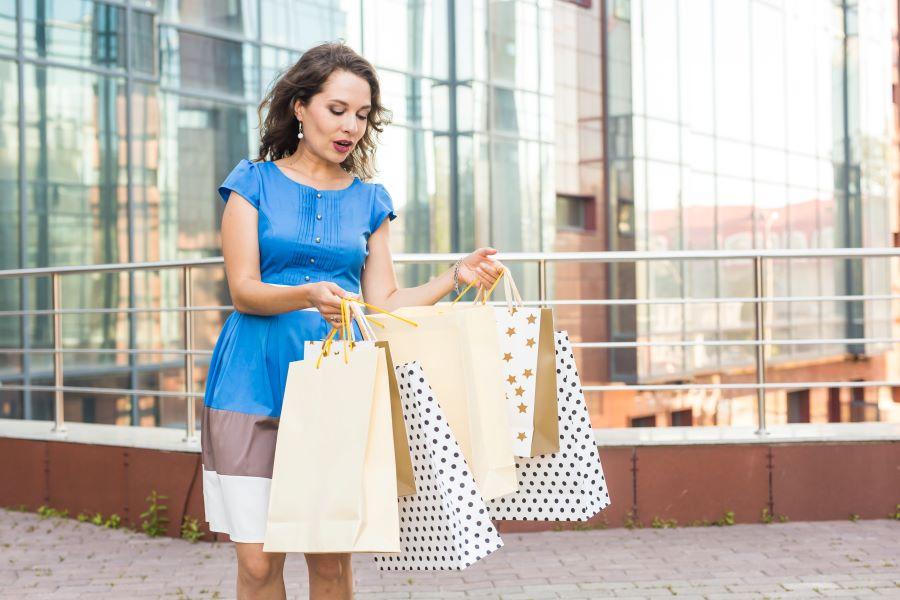 Shopper personalizzate: risparmi e ti fai pubblicità gratis!