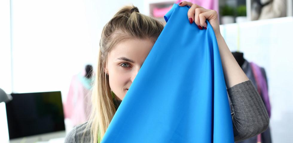 Colore dei vestiti: perché è importante per il personal branding